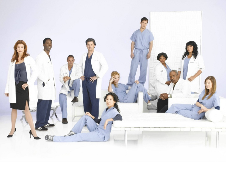 7 of the characters pictured are either dead or have left the show.